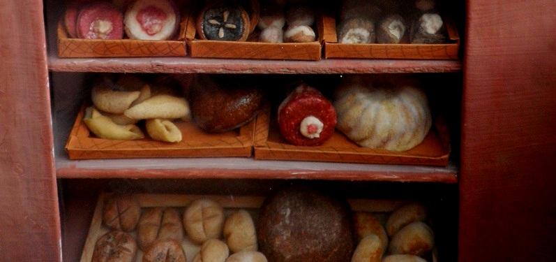 diy miniaturní pečivo pro panenky